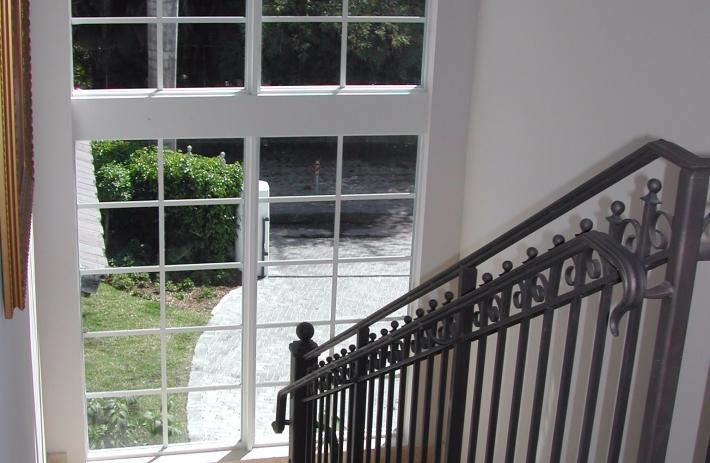 3545 Park Stairwell