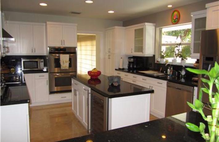 32 prospect kitchen