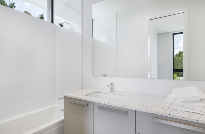 6270 SW 86 Street 49 Bathroom 2