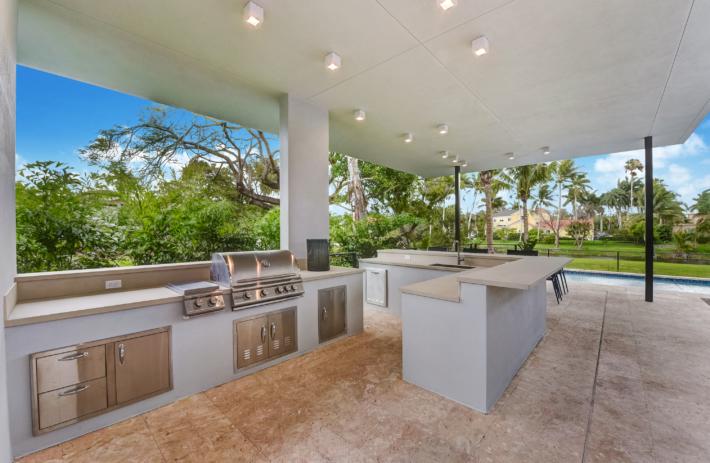6270 SW 86 Street 52 Outdoor Kitchen